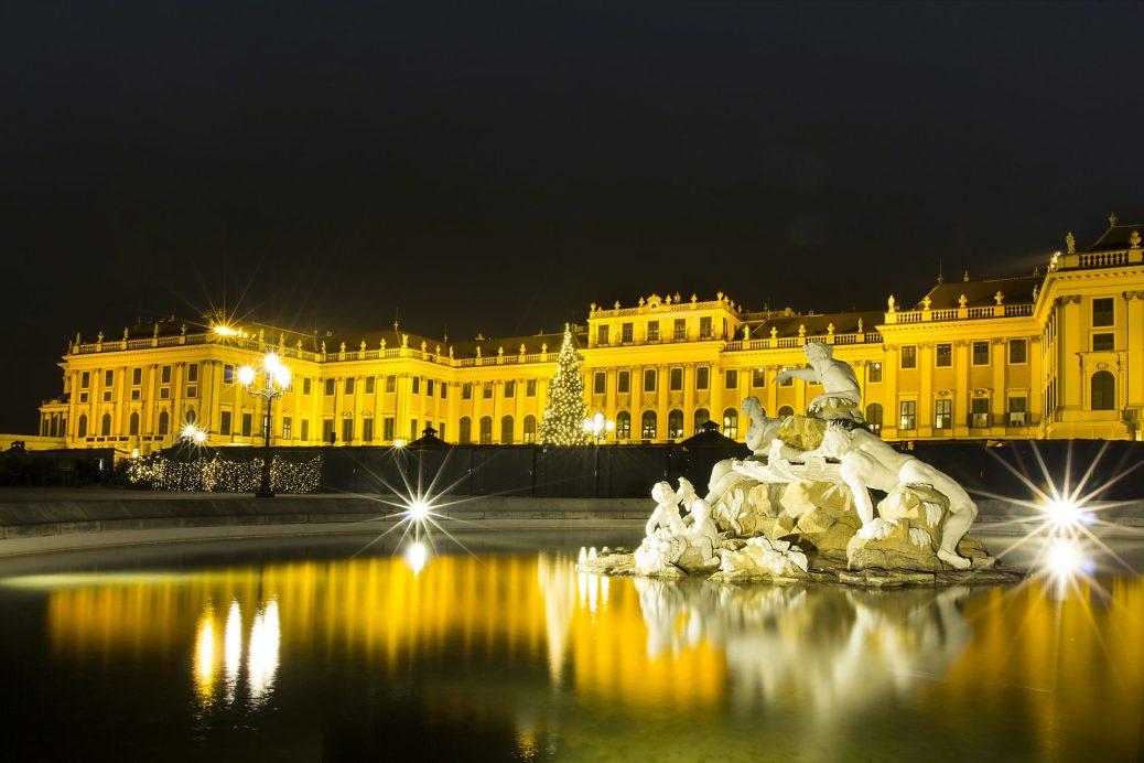 Schloss Schönbrunn • Weihnachtsmarkt
